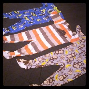 3 Pairs of Carter's 24 month footed P j's